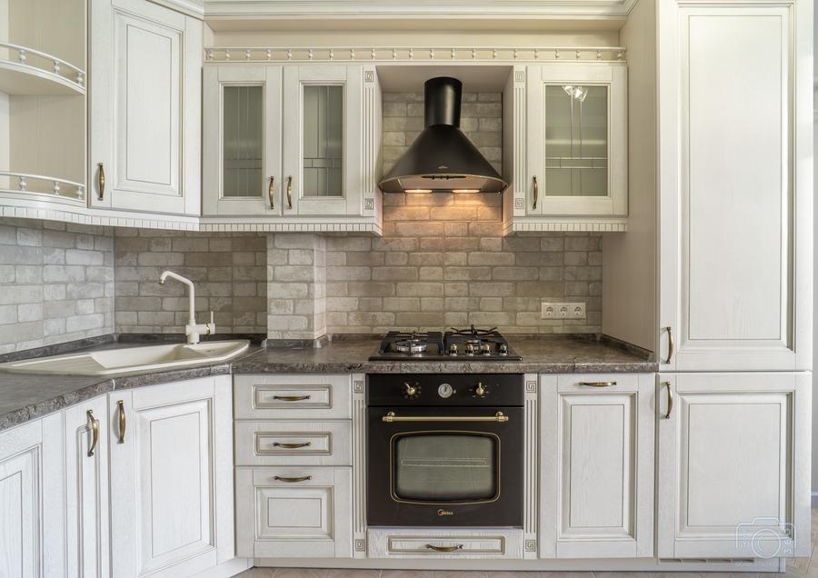 Белый кухонный гарнитур-Кухня из шпона «Модель 7»-фото4