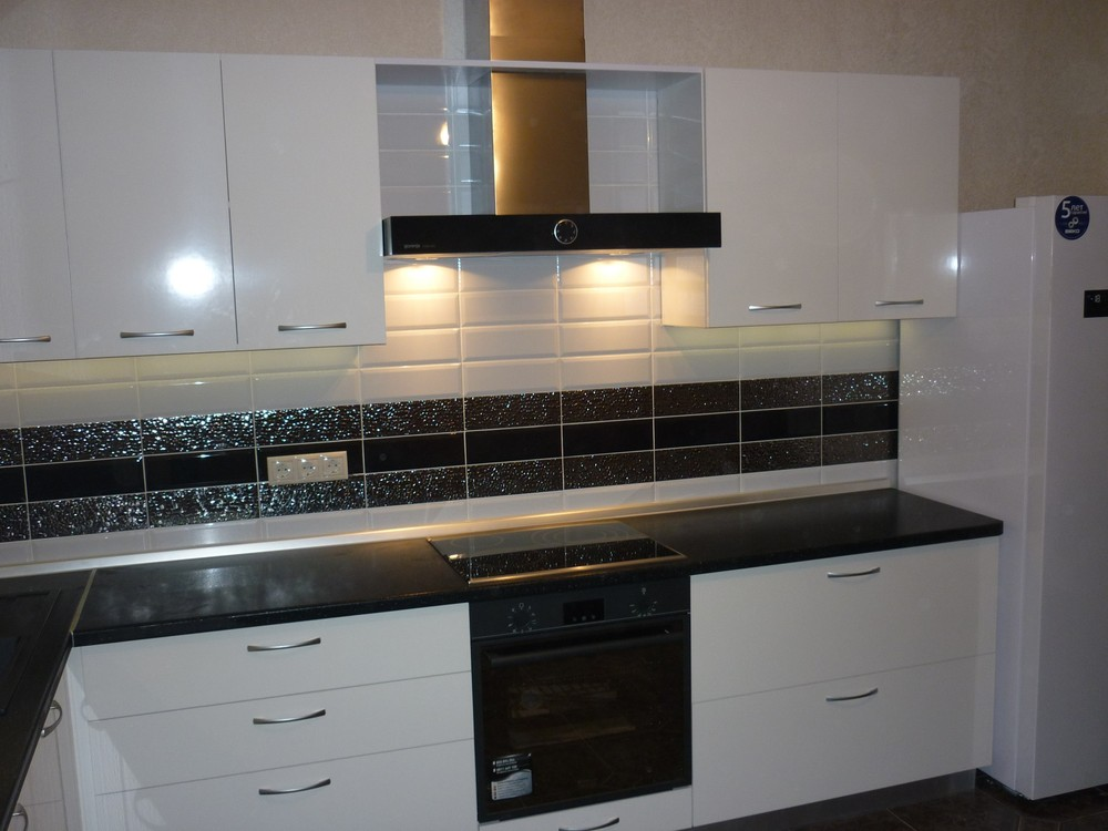Белый кухонный гарнитур-Кухня МДФ в ПВХ «Модель 304»-фото2