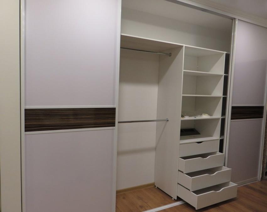Белые шкафы-купе-Шкаф-купе из ЛДСП «Модель 396»-фото2