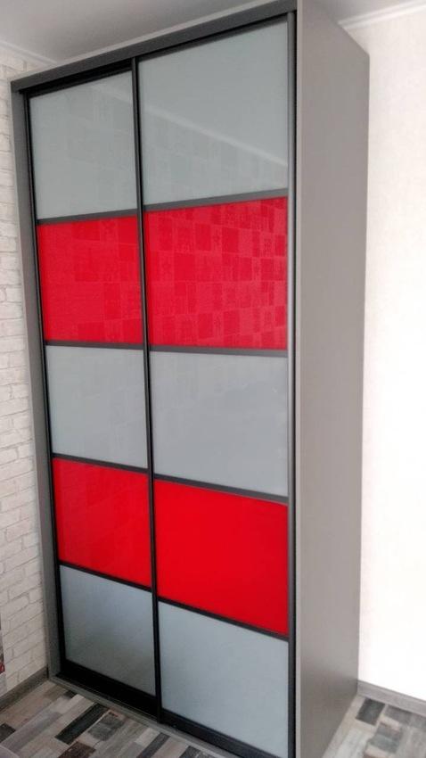 Бельевой шкаф-купе-Шкаф-купе из стекла c Oracal «Модель 420»-фото1