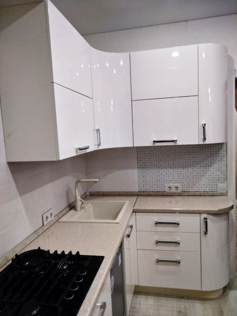 Белый кухонный гарнитур-Кухня МДФ в ПВХ «Модель 532»-фото3