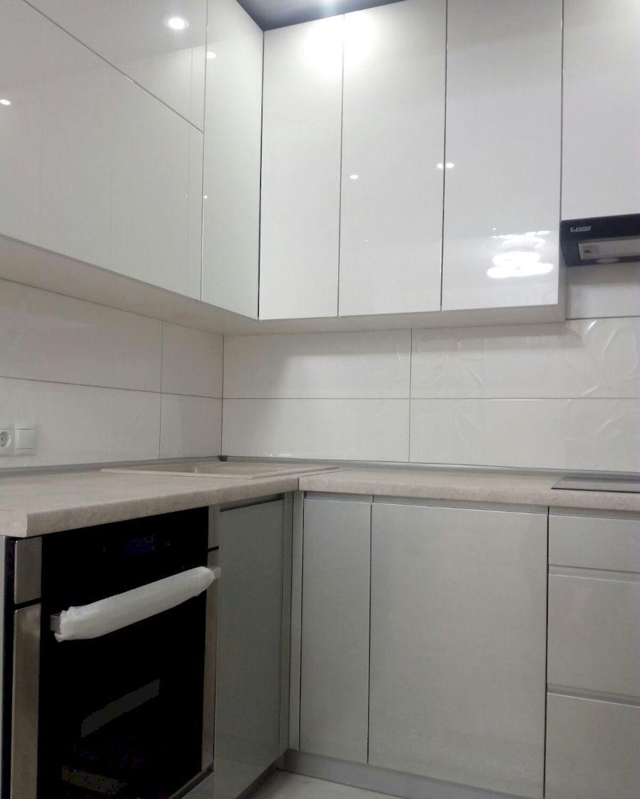 Белый кухонный гарнитур-Кухня МДФ в ПВХ «Модель 657»-фото2