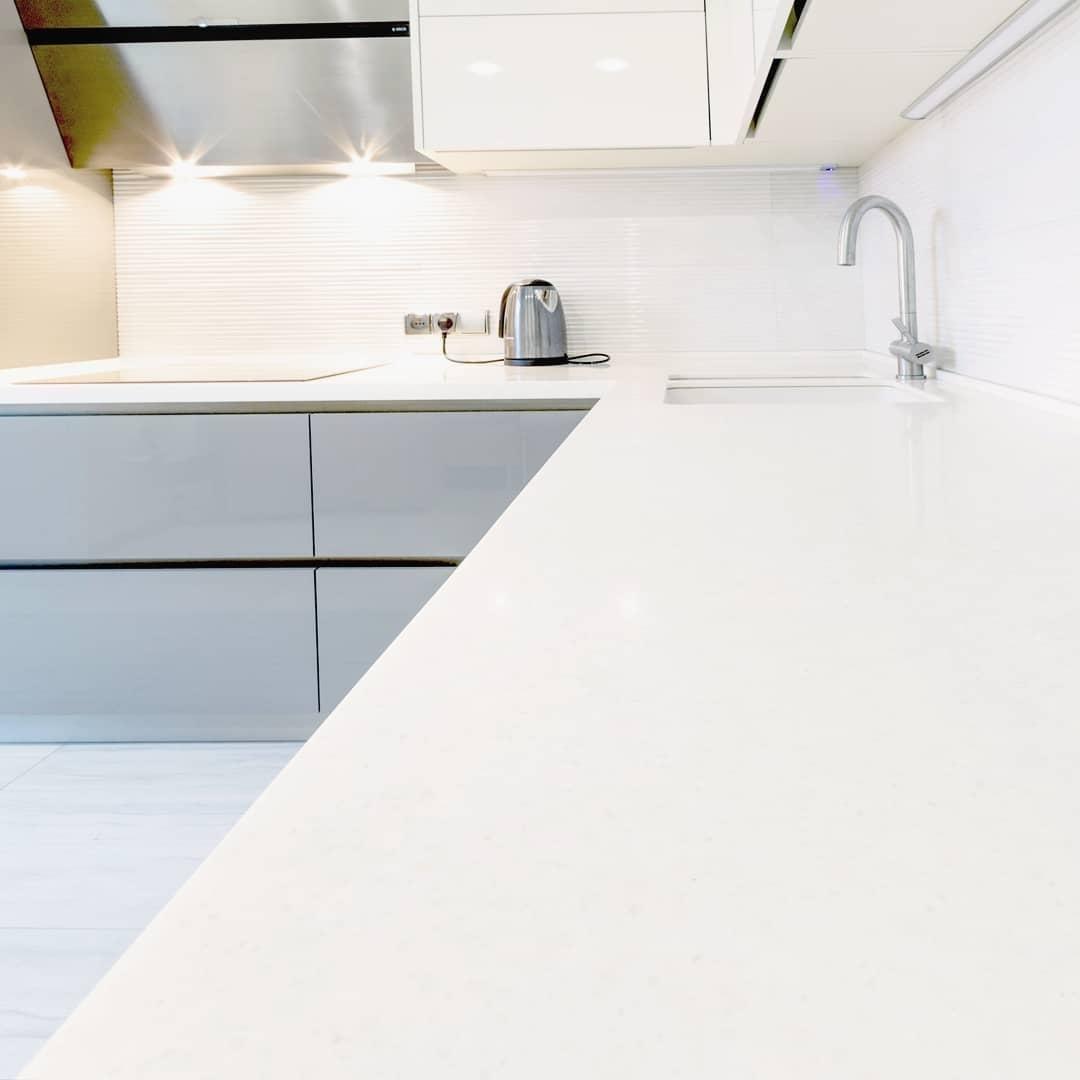 Белый кухонный гарнитур-Кухня МДФ в ПВХ «Модель 615»-фото4