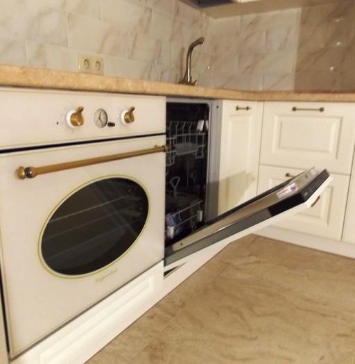 Белый кухонный гарнитур-Кухня МДФ в эмали «Модель 31»-фото6